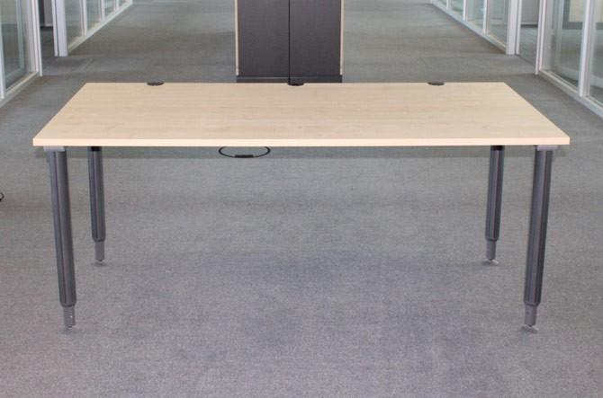 Schreibtisch SCHÄRF - 180 x 90 - Ahorn, höhenverstellbar