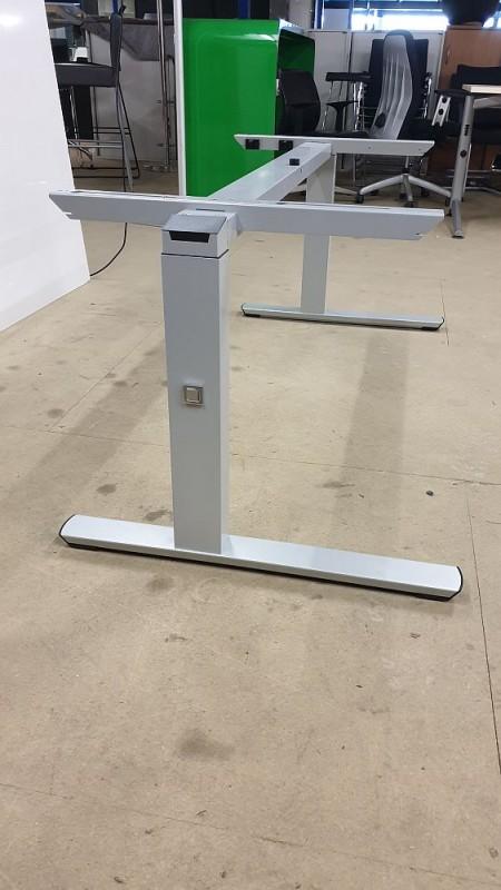 Schreibtisch von Palmberg 160x80 mit Wunschplatte