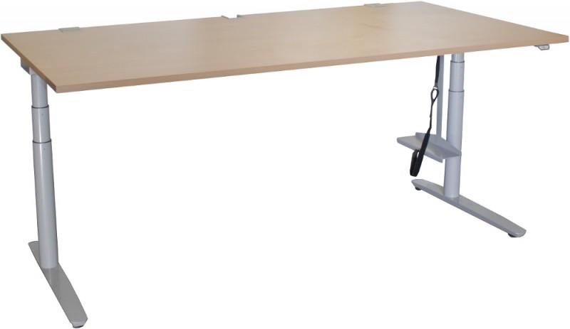 Steh-Sitz-Schreibtisch von Kinnarps - erfahren und stabil