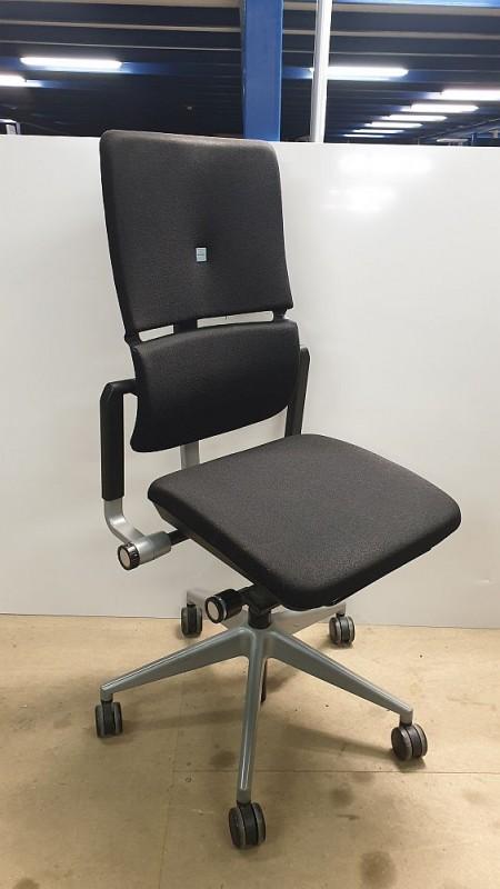 Steelcase PLEASE V2 - Drehstuhl. schwarz, Silberkreuz ohne Armlehne